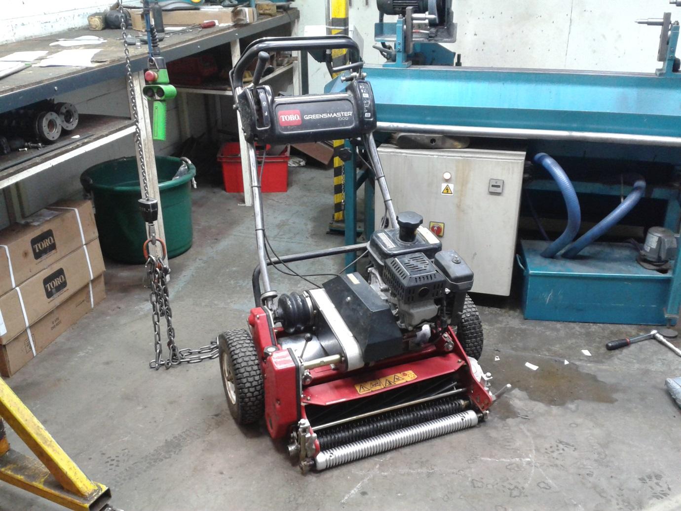 Keeping the mowers sharp - St Andrews Links Blog
